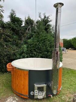 DELUXE FIBREGLASS HOT TUB LED PREP WOOD FIRED. RRP £3599! New