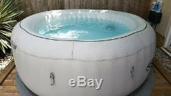 LAY-Z-SPA Paris Hot Tub Fantastic condition Led Lights Brand new 2020 pump